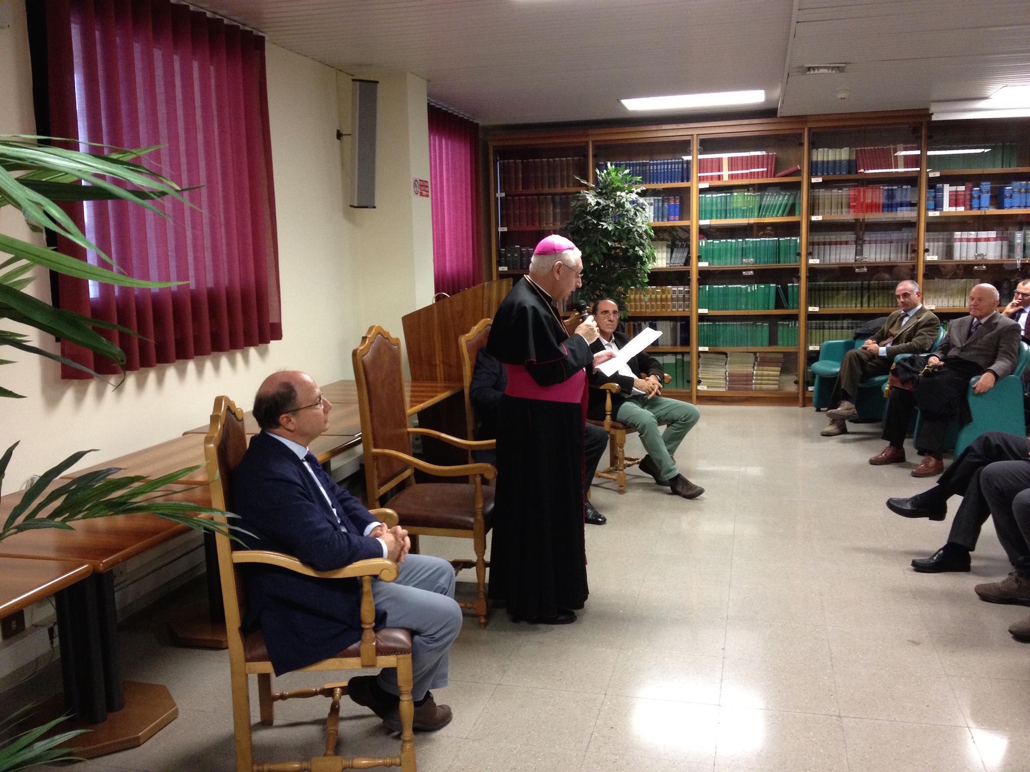 L'arcivescovo di Siracusa Pappalardo al Palazzo di Giustizia