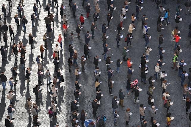Le Sentinelle scendono in piazza Università a Catania contro il ddl Cirinnà