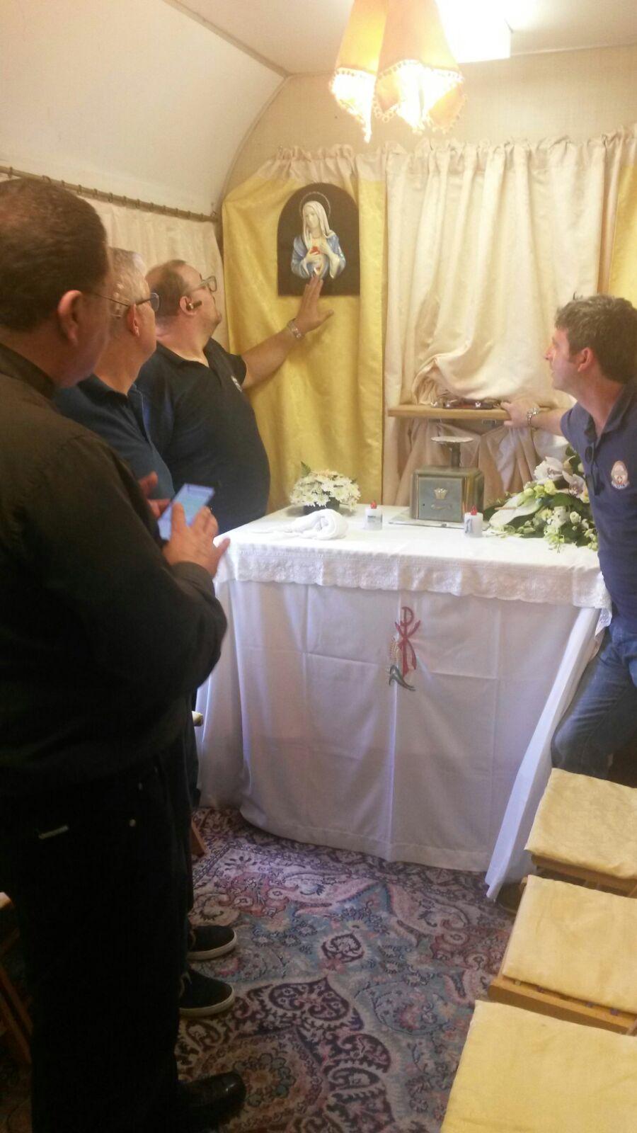 Le lacrime della Madonnina a Lourdes