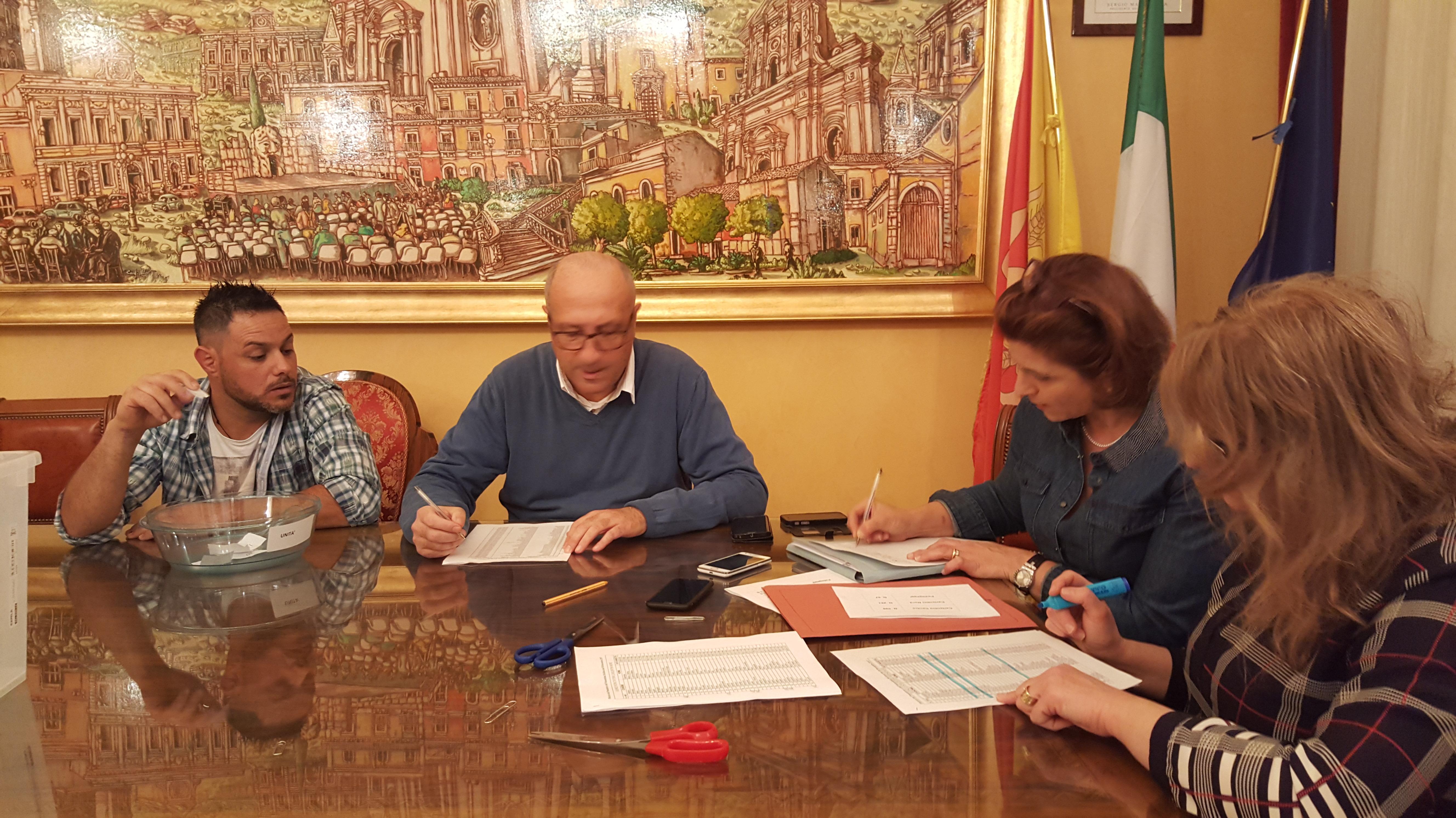 Carlentini, Sorteggiati i cento scrutatori per le elezioni regionali del 5 novembre 2017