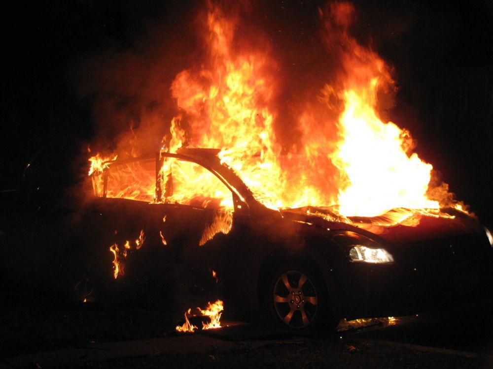 Augusta, incendio sulla Orientale Sicula 114, Forestale investito durante le operazioni di spegnimento