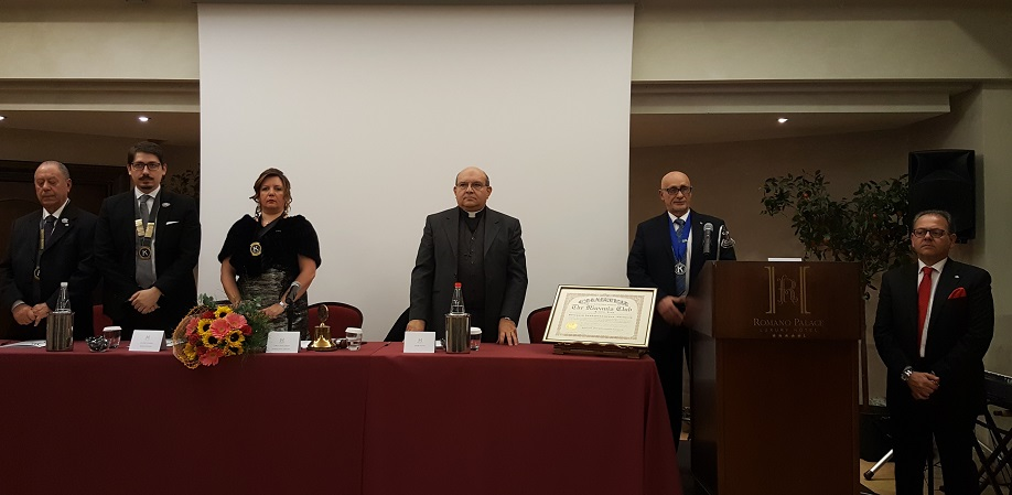 KIWANIS LENTINI, FESTA DEGLI AUGURI DI NATALE E XXXIX CHARTER