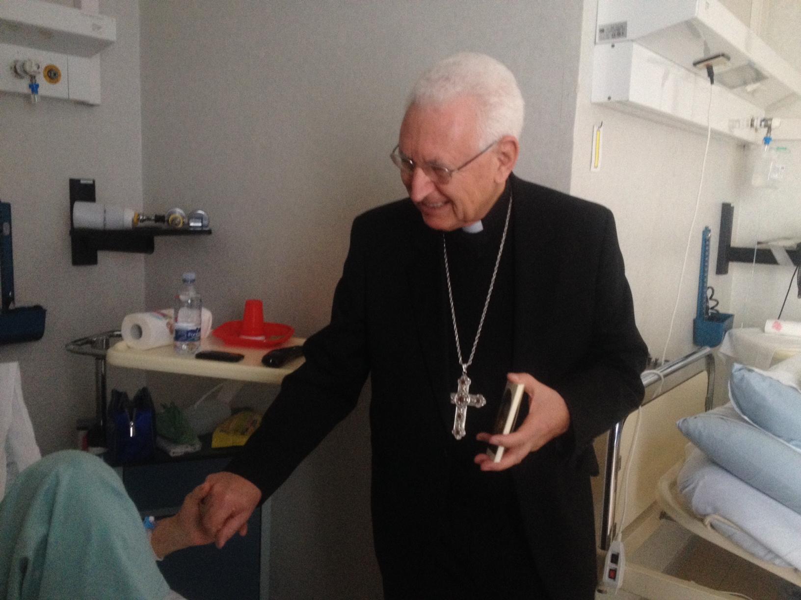 L'arcivescovo di Siracusa Mons. Salvatore Pappalardo visita la casa di cura Villa Azzurra