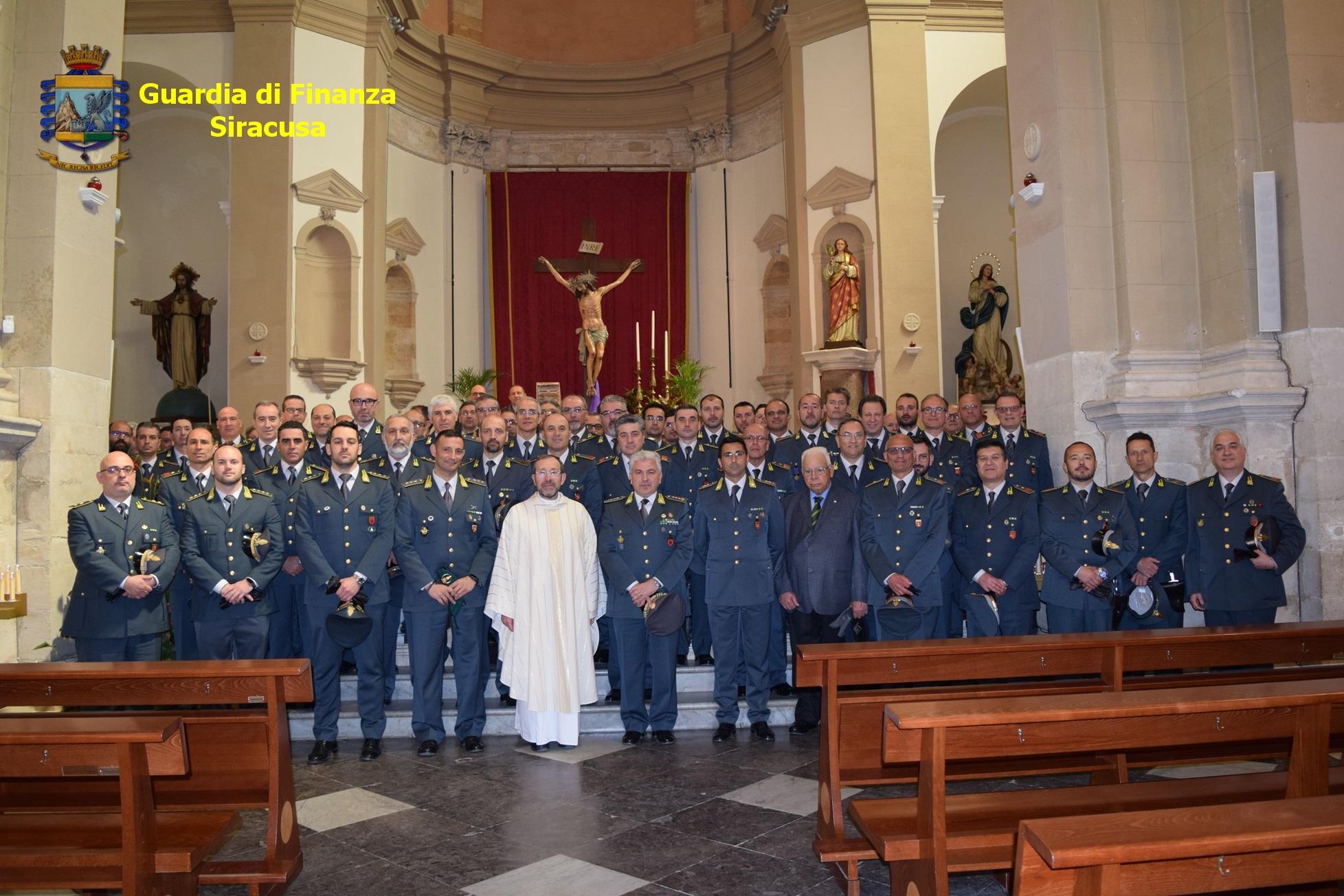 Siracusa, la Guardia di Finanza celebra oggi il precetto pasquale nella chiesa di Santa Lucia al Sepolcro.