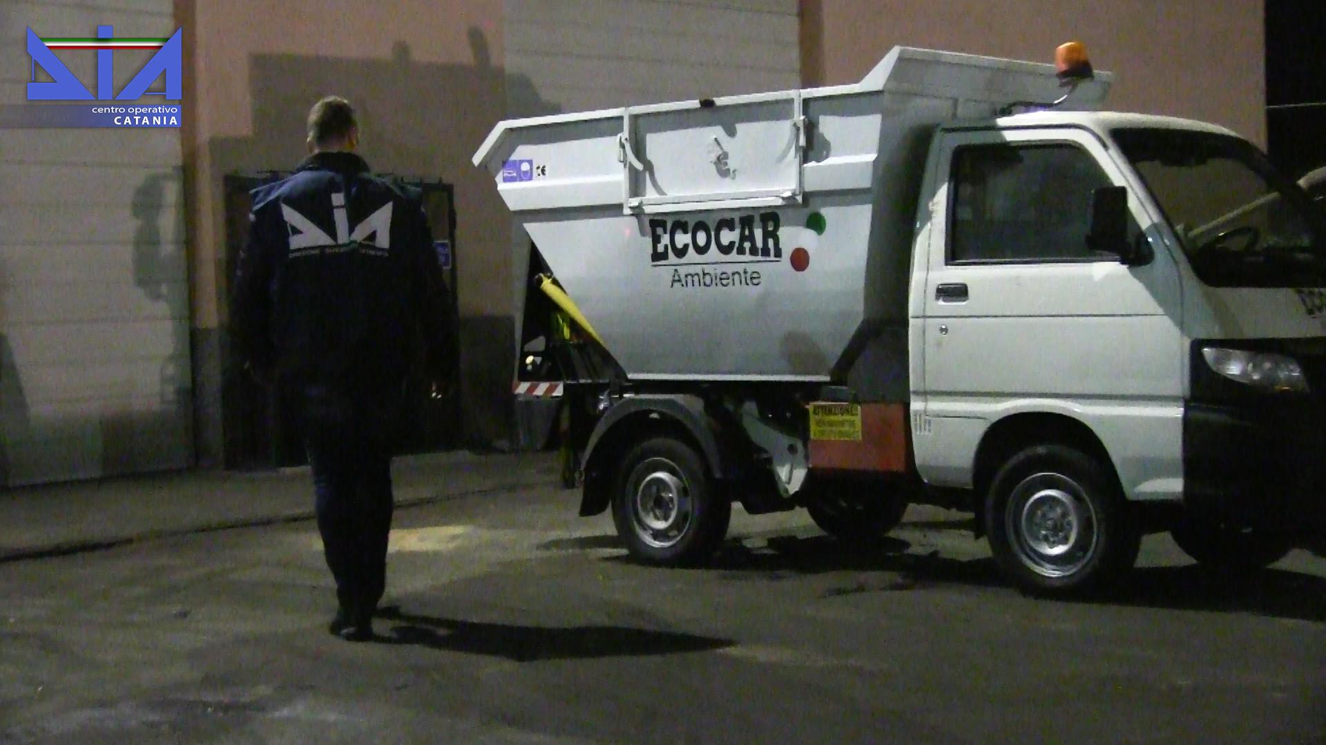 "Catania. operazione ""Garbage Affair"""