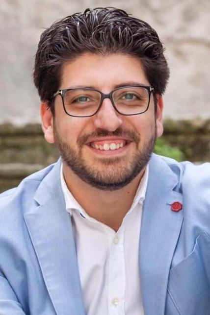 """Sull'incendio nell'ex Alba Sud  interviene il capogruppo e consigliere comunale  del Movimento """"Ora"""" Salvatore Caracciolo: """" Non creiamo allarmismi""""."""