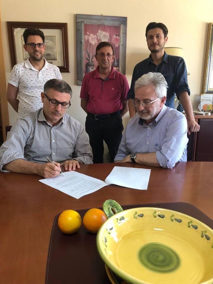 """Catania, AGRUMI: La Coa dice NO ai fenomeni degenerativi del mercato del lavoro.   Firmato il """"Protocollo di impegno per l'eticità e la legalità del lavoro nel territorio"""""""