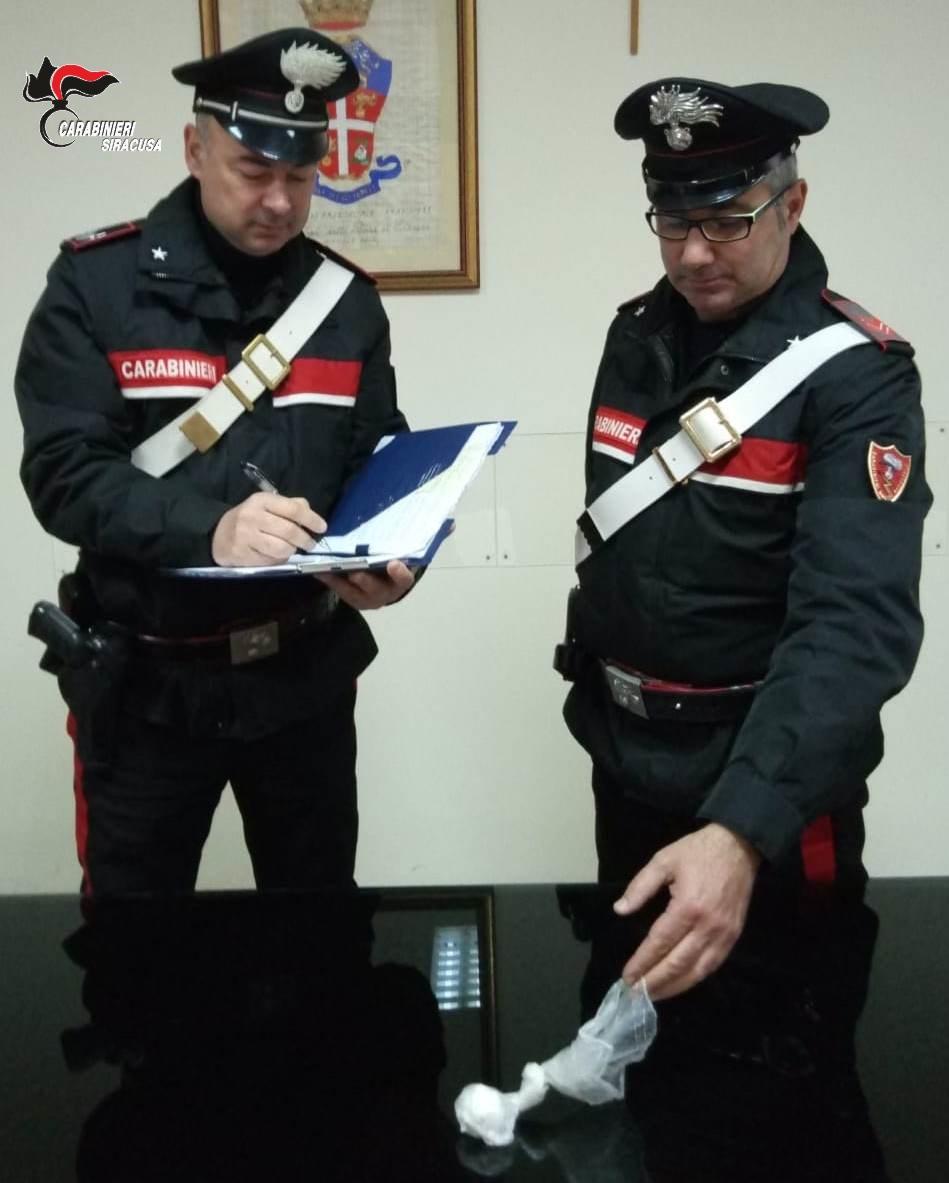 Siracusa, I carabinieri arrestano in flagranza di reato un siracusano