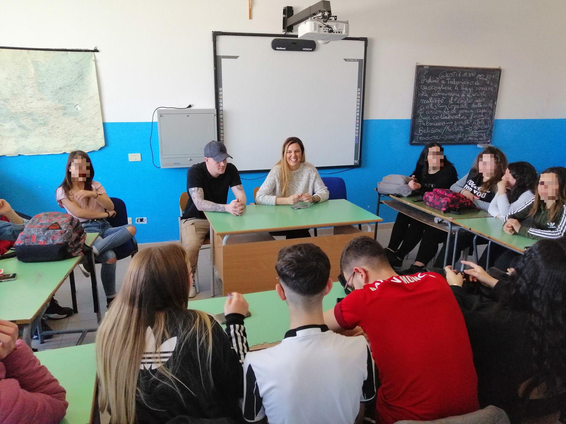Lentini, militari americani di Sigonella incontrano gli studenti dell'Alberghiero Moncada  per un progetto di lingua inglese