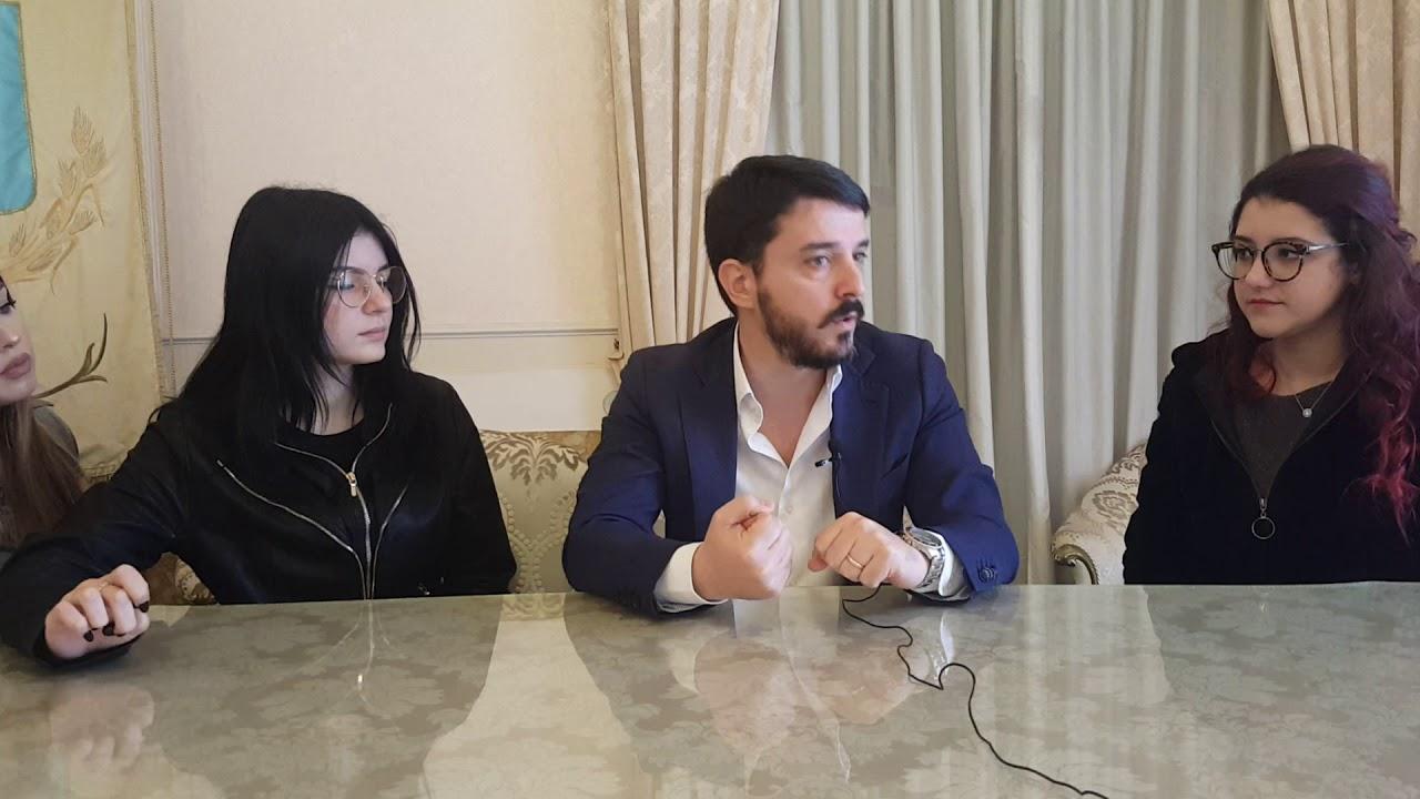 Lentini il sindaco Saverio Bosco intervistato dagli studenti