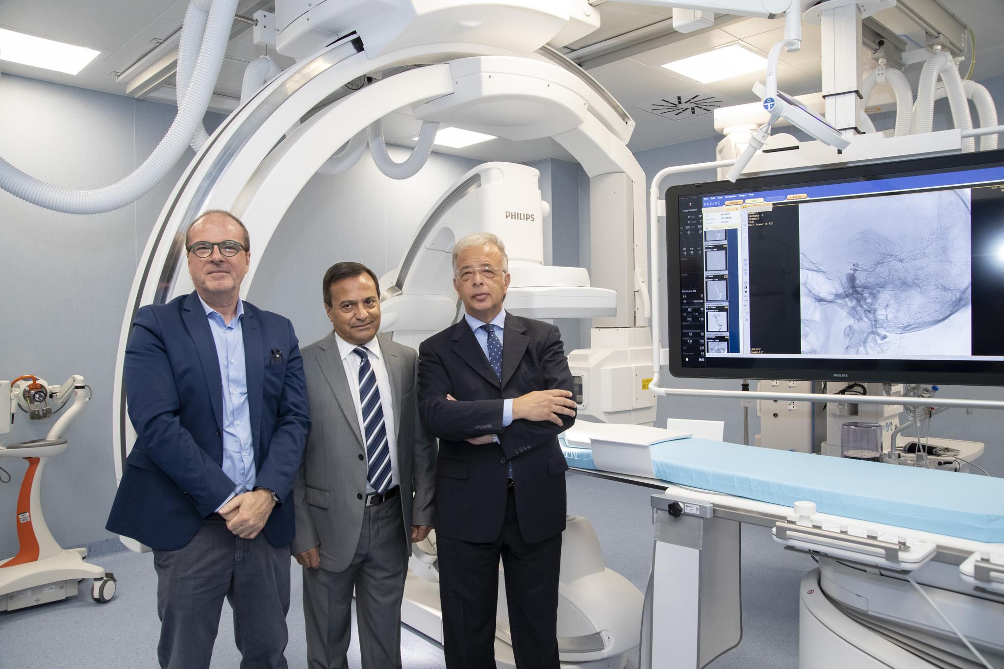 Catania, Sala operatoria all'avanguardia e angiografo biplanare nuove eccellenze della Neuroradiologia