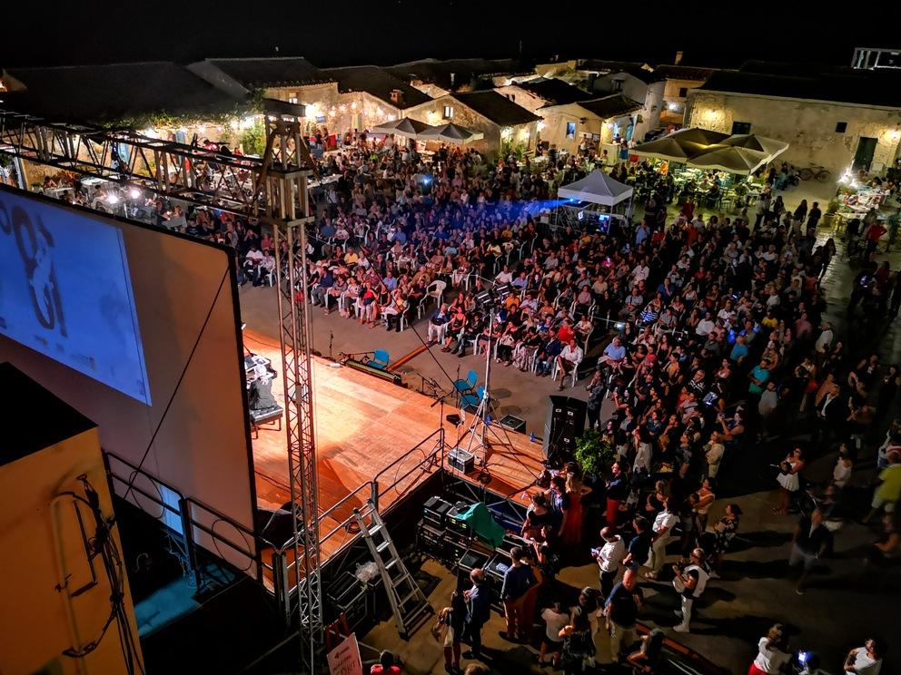 Marzamemi, Cinema di Frontiera 19, al via il bando per i cortometraggi La XIX edizione del Festival si svolgerà dal 10 al 14 settembre