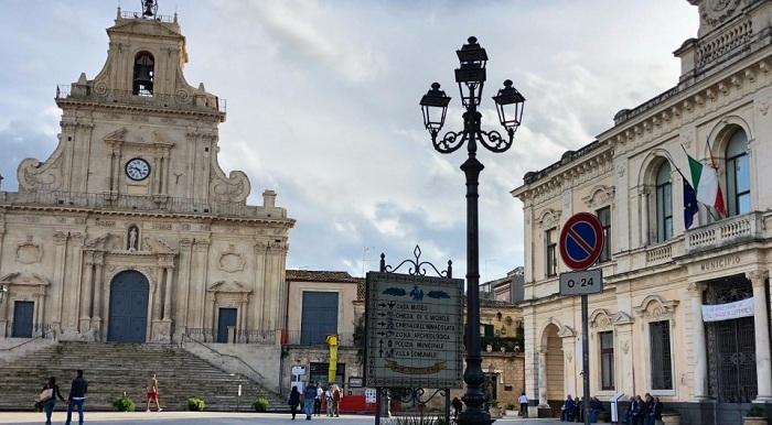 Palazzolo, Il 02 Agosto a Palazzolo la Notte Rosa, ritorna l'evento promosso da CNA e dagli esercenti del centro storico