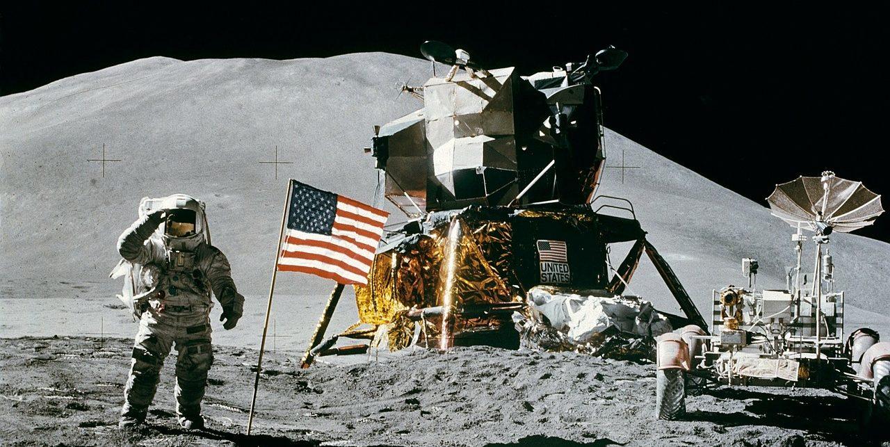 """Palermo, Oggi a Palazzo Reale """"Destinazione Luna"""": a 50 anni dalla missione dell'Apollo 11 che portò il primo uomo sulla Luna, l'evento promosso dall'Assemblea Regionale Siciliana e dalla Fondazione Federico II con l'Inaf, Osservatorio Astronomico di Palermo."""