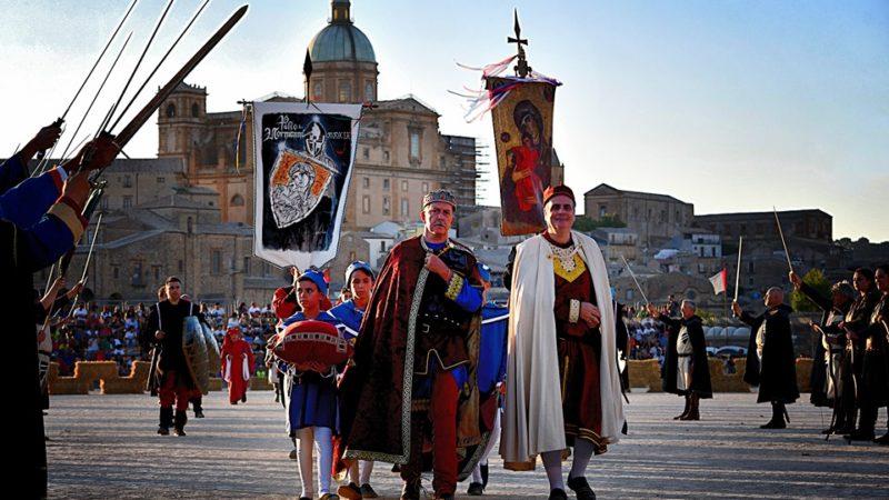 """Piazza Armerina, Palio dei Normanni, chiusa la 64esima edizione. Il sindaco   Cammarata: """"Numeri da capogiro, ha vinto Piazza Armerina"""""""