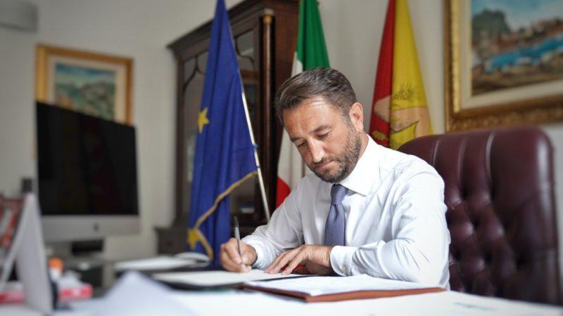 Palermo,  Giancarlo Cancelleri si è dimesso dall'Ars