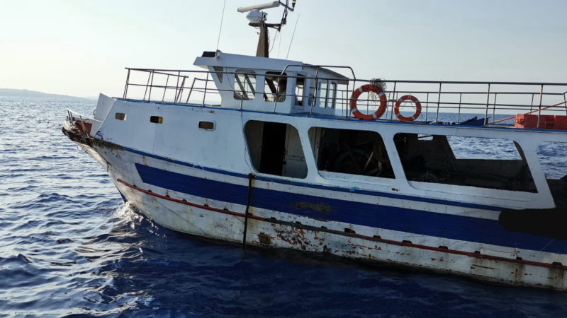 Brucoli: pesca  a strascico illegale