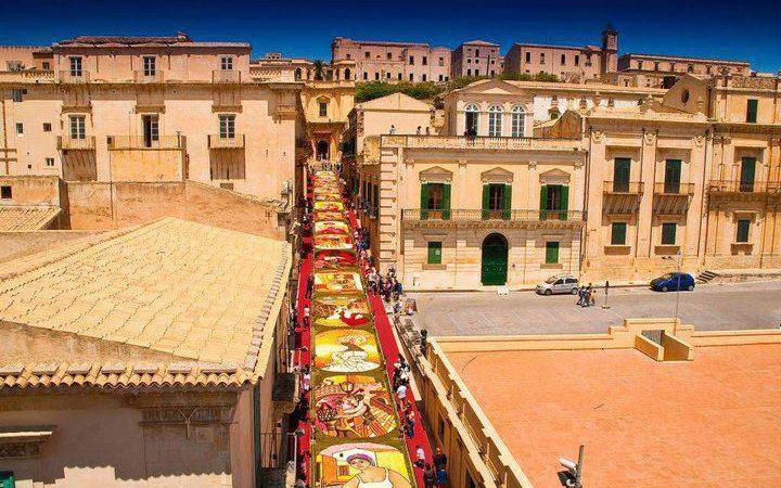 Noto, Guide turistiche abilitate, al via un corso di formazione gratuito  sui Siti Unesco del Sud Est Sicilia
