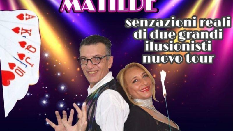 """""""Una Voce In Blu"""": il mago Quasar e la stilista Matilde Giuffrida ospiti della puntata di venerdì"""