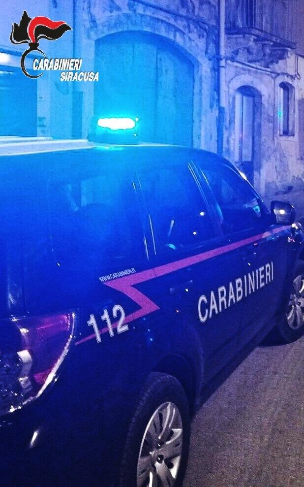 Lentini e Carlentini, i carabinieri arrestano due persone