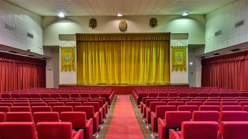 Siracusa: 2,8 milioni di euro per riqualificare 13 teatri, tra i quali il Teatro comunale di Carlentini