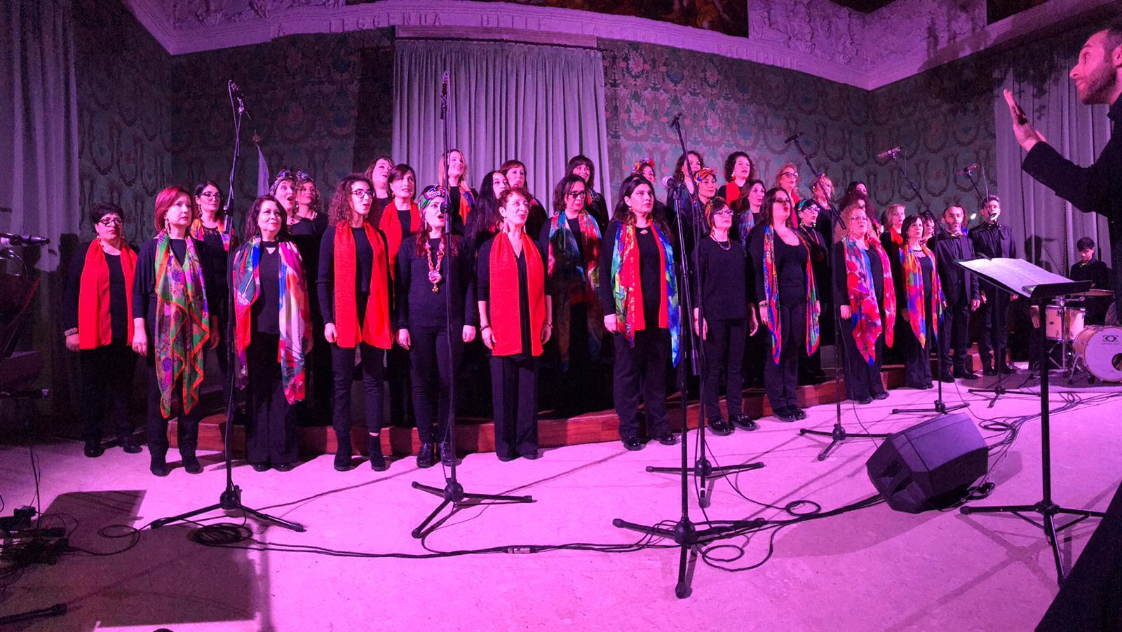 Simphonia Choir: partito, dal palazzo Vermexio di Siracusa, il mini tour