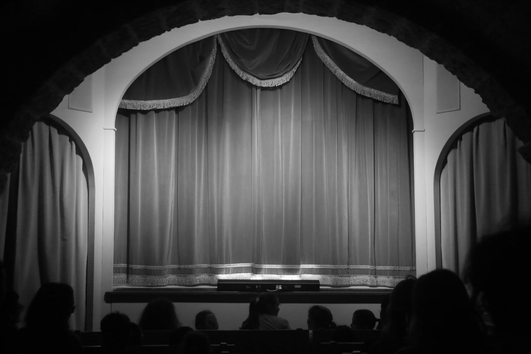 """Siracusa, si alza il sipario su """"Giudecca Cine & Drama""""  Domani proiezione del film """"L'uomo che ride"""" di Paul Leni"""
