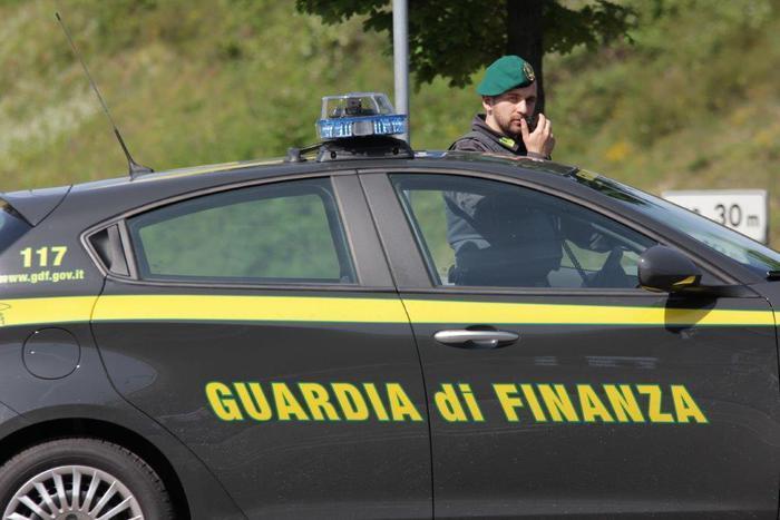 Palermo, False invalidità in cambio di denaro, due arrestati