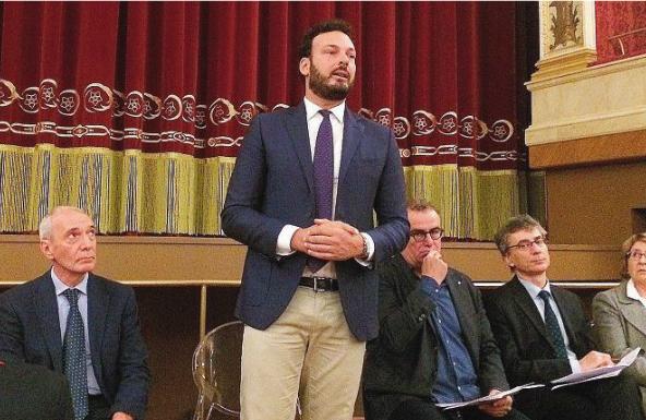 """Siracusa, Coronavirus e fake news su WhatsApp, il sindaco Francesco Italia: """"attenersi alle notizie ufficiali"""""""
