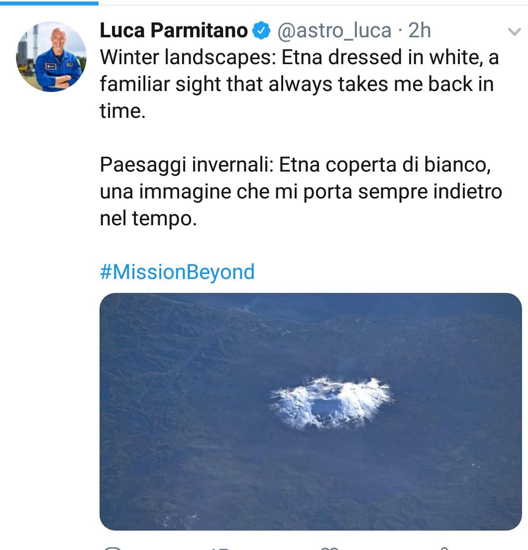 """Astroluca torna a fotografare l'Etna dallo spazio. """"Una immagine che mi porta sempre indietro nel tempo""""."""