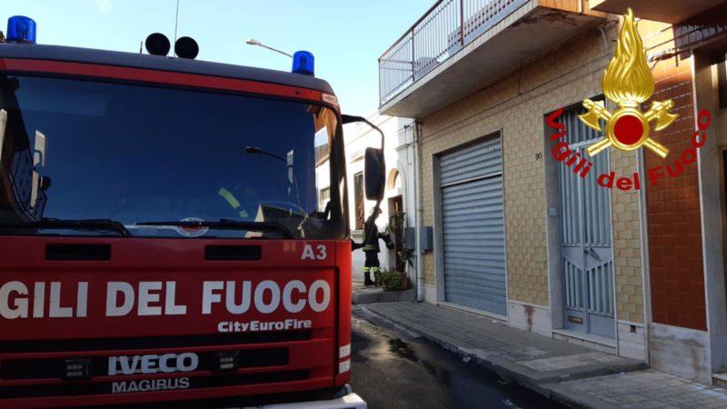 Canicattini Bagni, Incendio in casa, donna muore