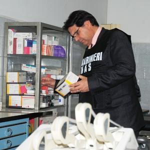 Catania, Carabinieri NAS Catania: malasanità, scoperte due sale chirurgiche abusive, denunciati 3 medici
