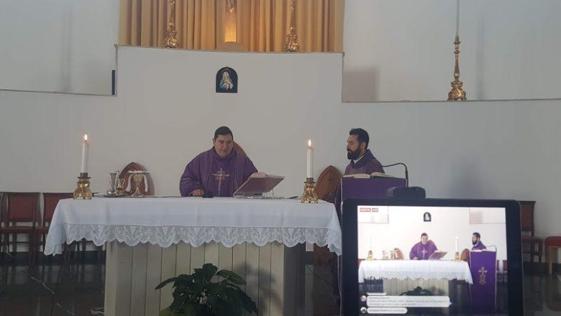 """Carlentini, il parroco della chiesa Santa Tecla don Alfredo Andronico nell'omelia: """"la Speranza non delude…"""""""