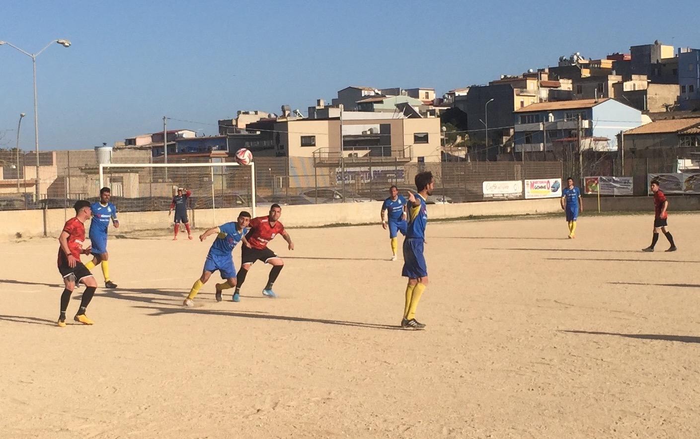 Calcio. Pachino – Città di Francofonte 2-1: gli azzurri vincono e tornano a sorridere