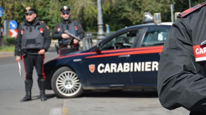 Noto, spari contro l'abitazione, i carabinieri arrestano un camminante accusato di tentato omicidio