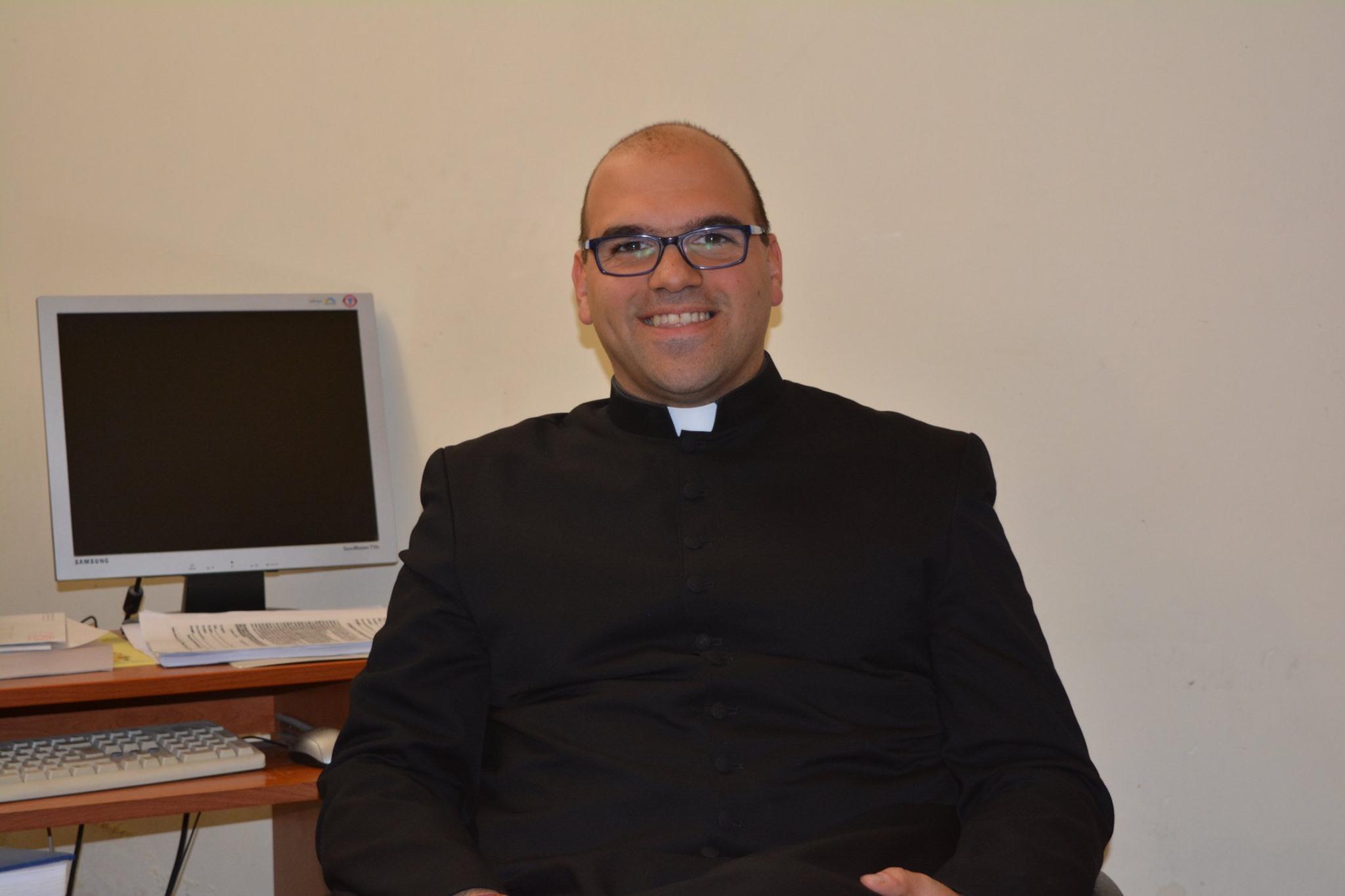 Francofonte. Coronavirus e rinvio catechismo, il messaggio di Padre Gallina alla comunità