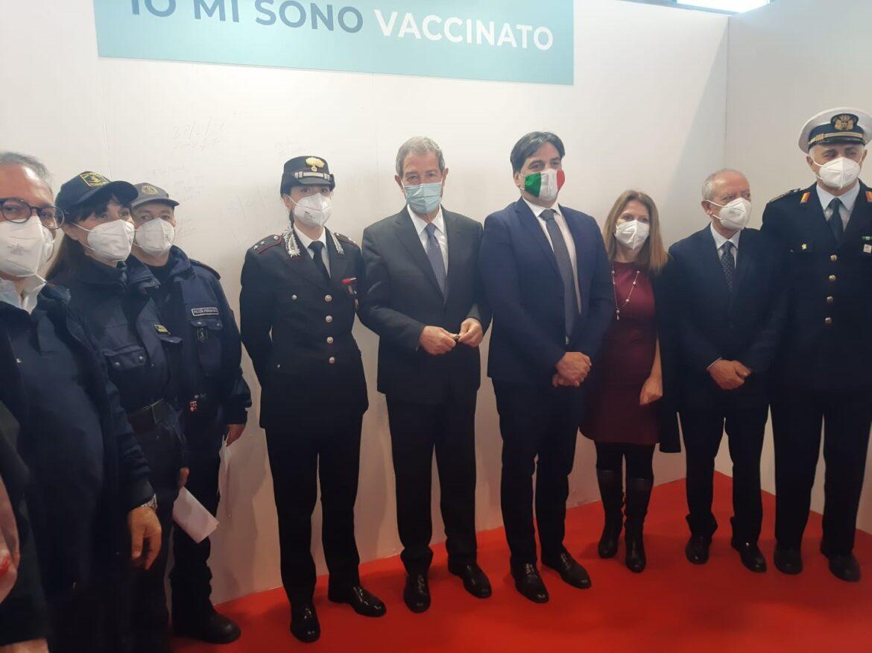 Covid, Musumeci inaugura a Catania il secondo hub regionale per la vaccinazione