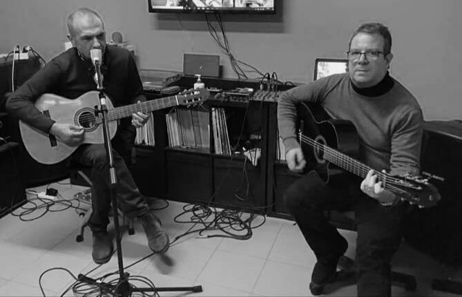 Una Voce In Blu. Il maestro Enzo Zacco e il Cantautore Luigino Favara ospiti della puntata di venerdì 5 marzo