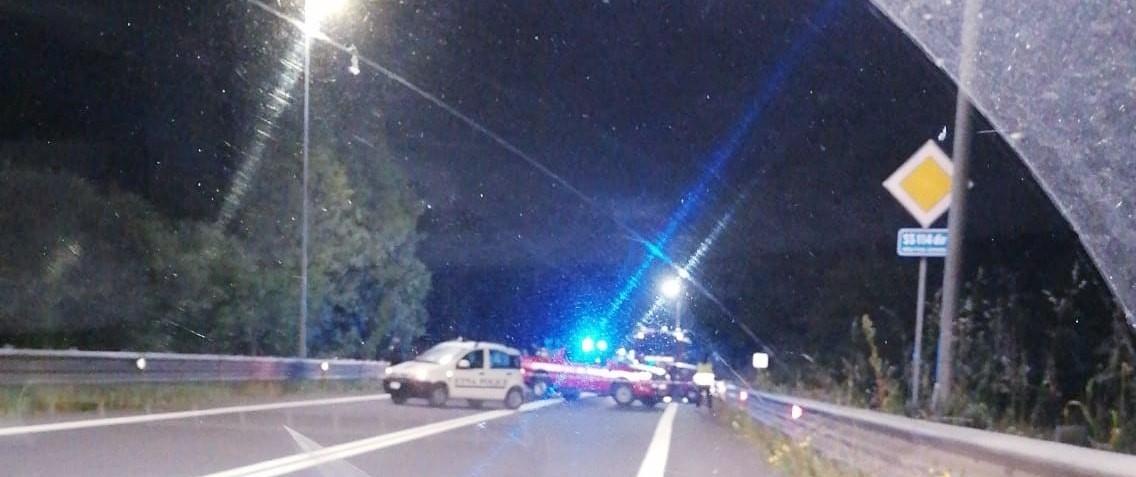Carlentini, incidente stradale mortale sulla statale Catania – Siracusa, perde la vita un giovane cameriere di Catania