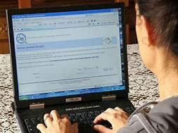 Catenanuova, dal Ministero 100 computer alla scuola