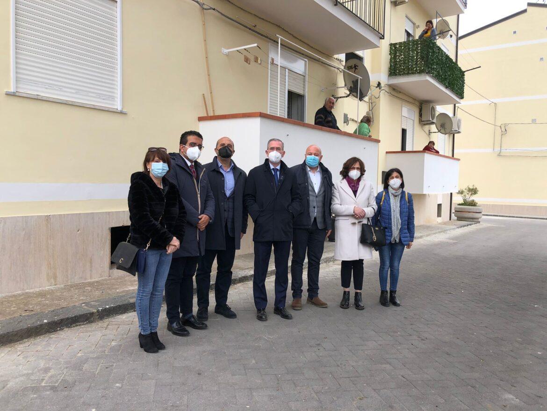 Pettineo, Falcone consegna palazzine Iacp ristrutturate dal governo Musumeci
