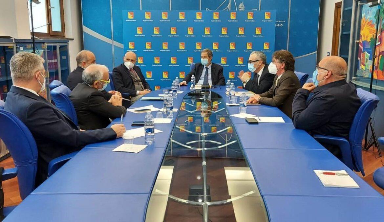 Sanità, sull'ospedale di Castelvetrano incontro alla Regione tra Musumeci e i sindaci