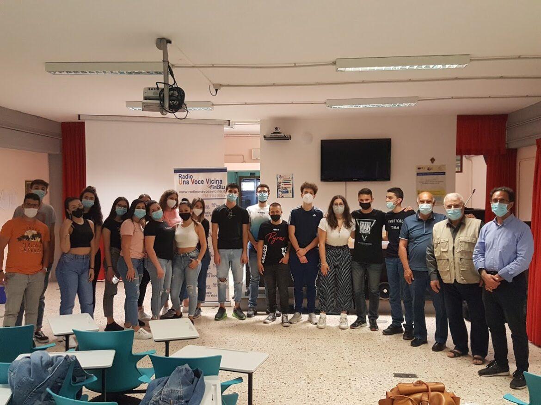 """Lentini, Gli studenti dell'Alaimo partecipano al Pon """"I luoghi del Cuore"""" con Radio Una Voce Vicina Inblu, Archeoclub, Pro Loco"""