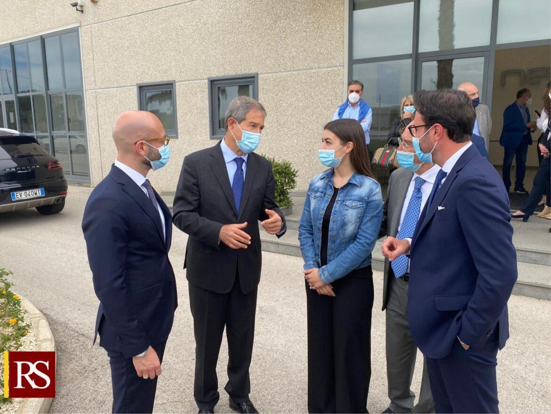 Musumeci in visita alla Netith: «Futuro della Sicilia è nell'innovazione e nel digitale»