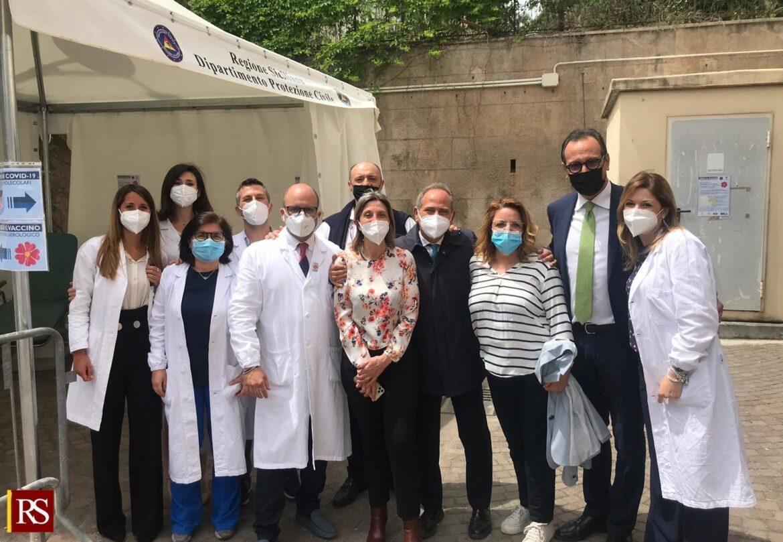 """Covid, la Regione avvia a Palermo indagine immunologica """"Segui il vaccino"""""""
