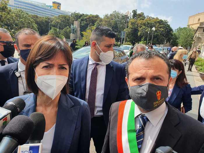 Messina: il ministro Carfagna, risolto problema decennale baraccopoli