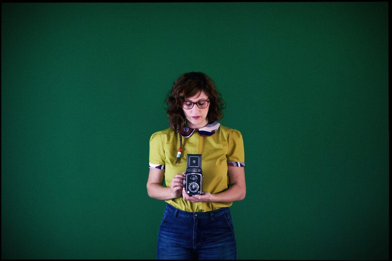 Una Voce In Blu. L'arte della fotografia raccontata da Rosy Mugno nella puntata di venerdì 28 maggio