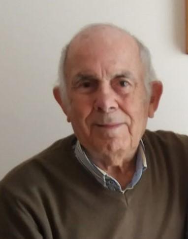 La scuola in lutto: E' morto il maestro Pippo Fisicaro. I funerali martedì, alle 9,30 chiesa di Sant'Alfio di Lentini