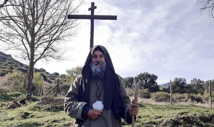 Palermo, Biagio Conte si ritira in grotta in montagna in preghiera