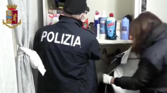 Messina, Droga: blitz Polizia, 11 misure cautelari